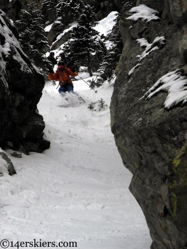 Gary Fondl skiing