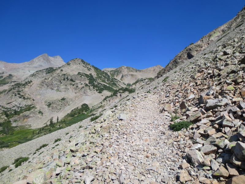 Hiking to East Maroon Pass