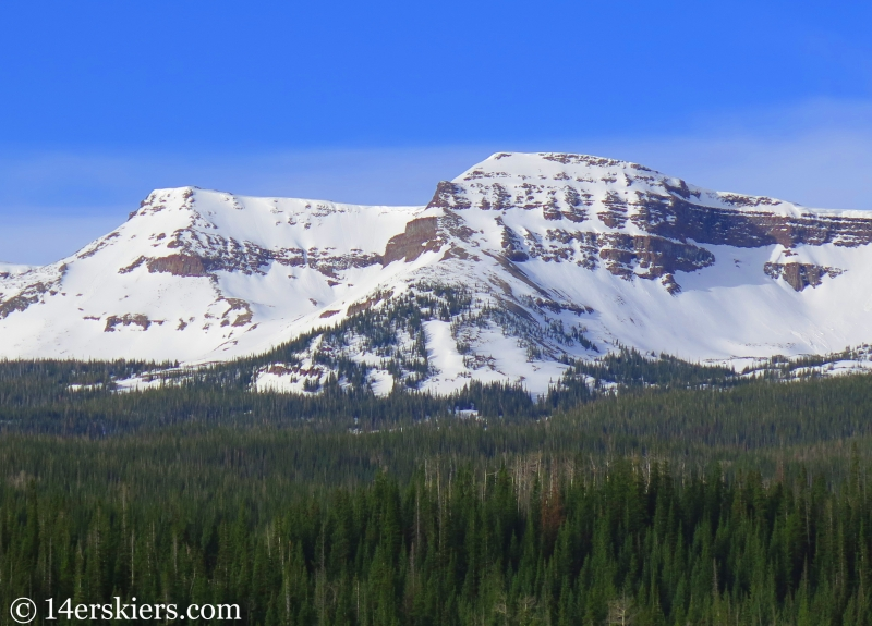 A subpeak of Flat Top Mountain.
