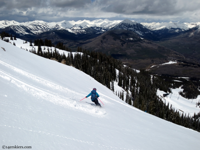 Alex Reidman skiing Headwall