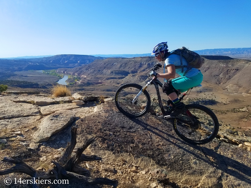 Mountain biking Kokopelli Loops in Loma, CO