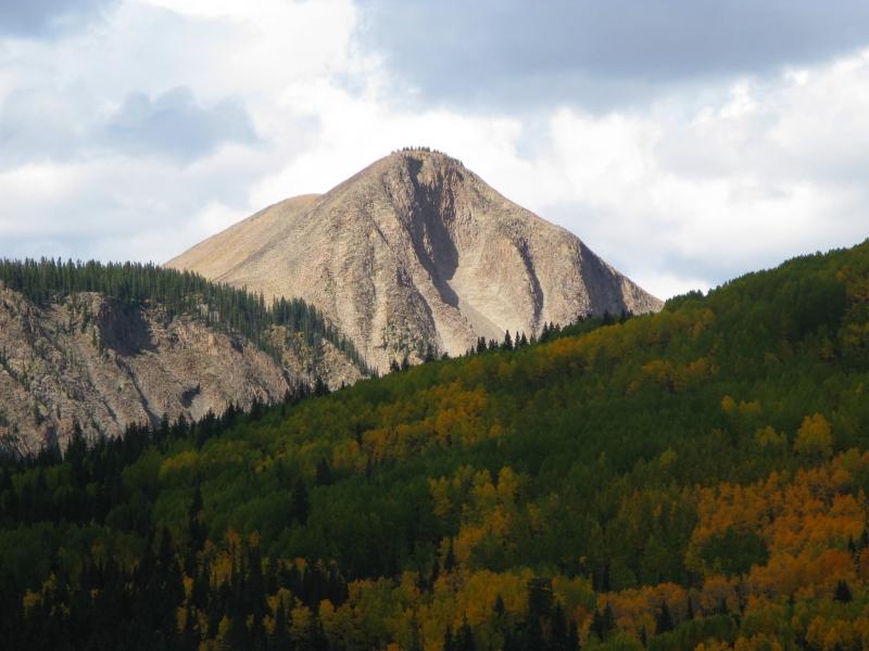 Mountain biking in the Castles  of the West Elks, Lowline Trail