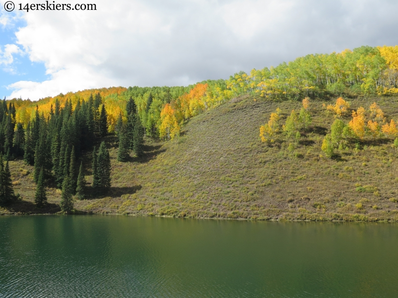 fall colors on Meridian Lake