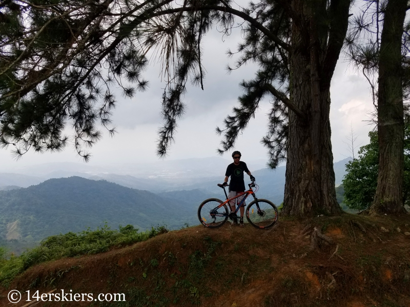 Mountain biking in Minca, Colombia - Los Pinos.