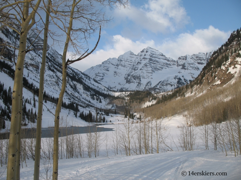 Skiing Maroon Bells in April