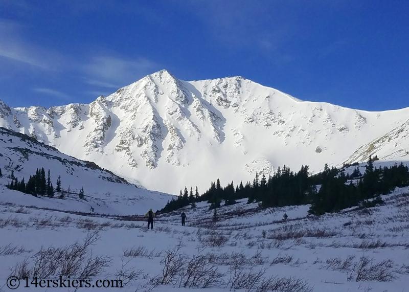 Backcountry skiing Sayres Benchmark