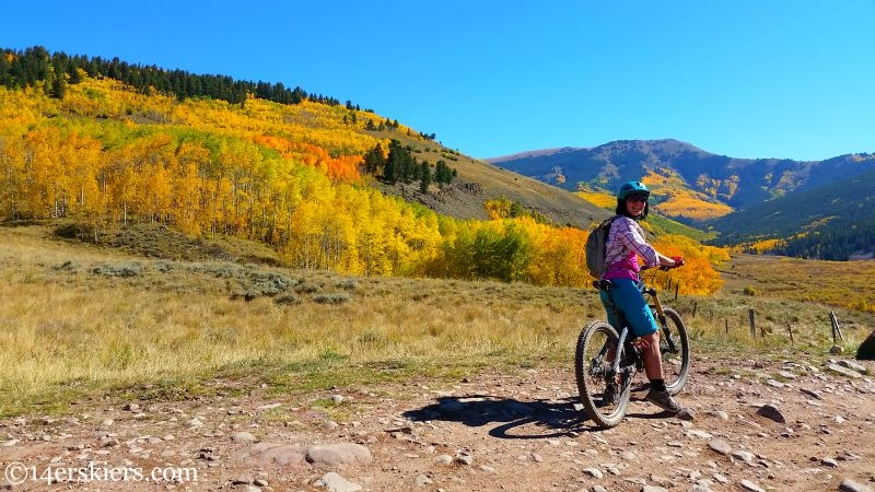 Mountain biking on Ferris Creek trail near Crested Butte