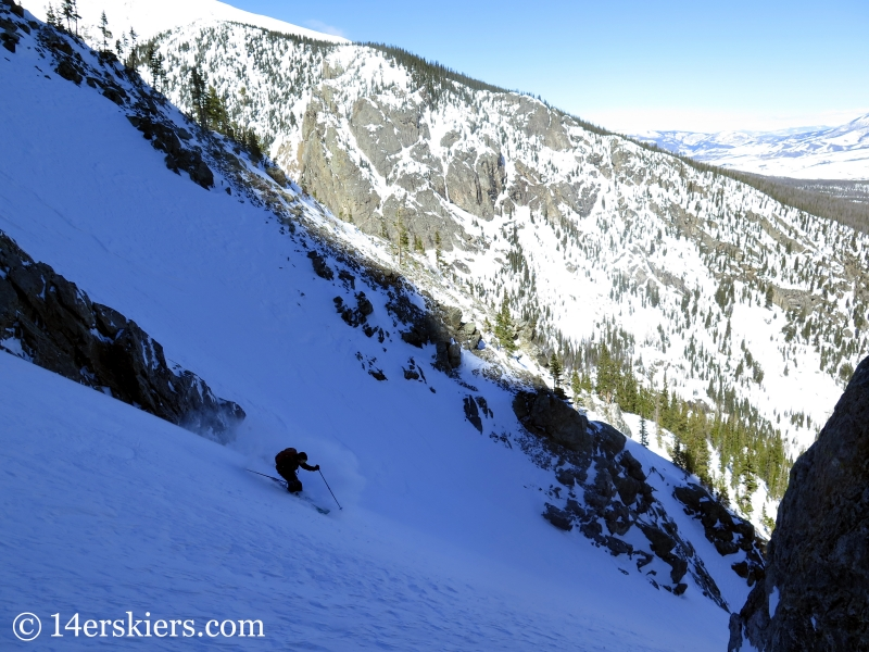 Larry Fontaine backcountry skiing Buffalo Mountain, Silver Couloir.