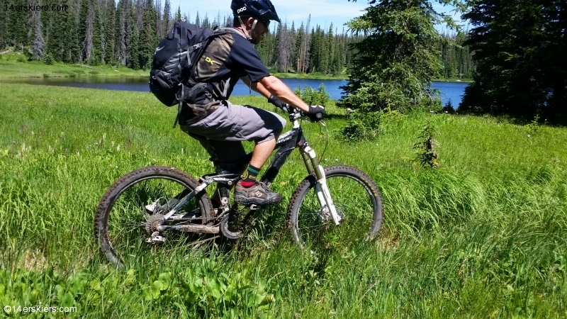 Mountain biking by Lake Elmo near Steamboat Springs.