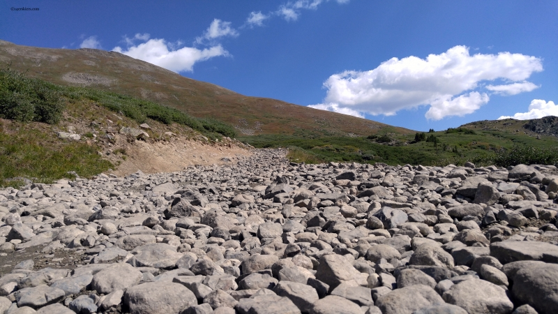 loose rocks on tincup pass