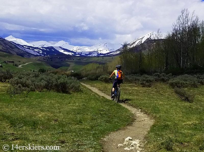 Upper Loop - best early season mountain bike rides near Crested Butte