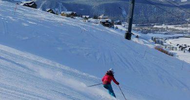 Unlucky Lucky: Skiing Again!