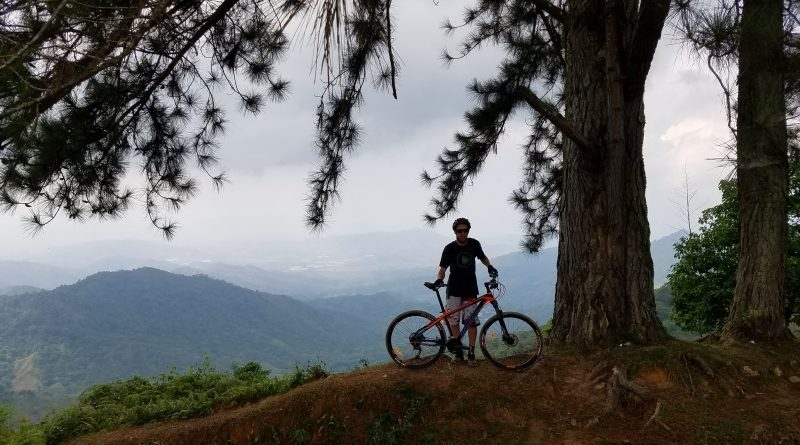 TBT: Mountain Biking in Minca, Colombia