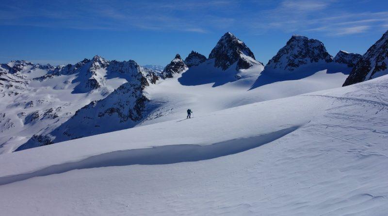 TBT: Silvretta Tour Part 3- Weisbadener Hutte & Ochsentaier Glacier (28 Feb 2019)